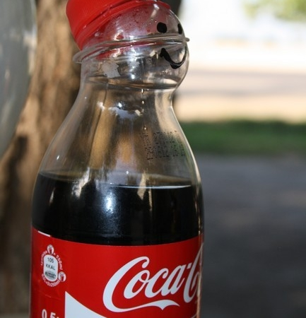 it_s_so_hot__even_the_coke_can_t_keep_up.