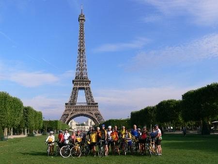 eiffel_tower__paris_-_france