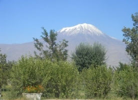 mt_ararat_from_1st_turkey_campsite