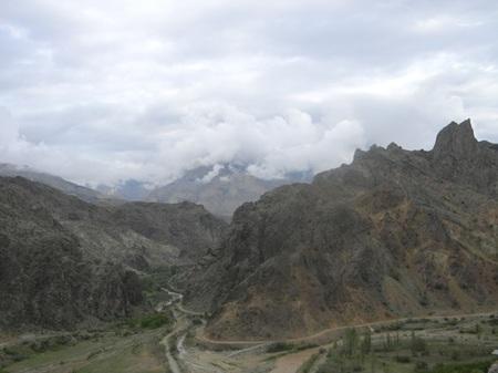 view_towards_olur