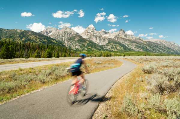 A-Great-Divide-Biking-in-Grand-Tetons-Park-1