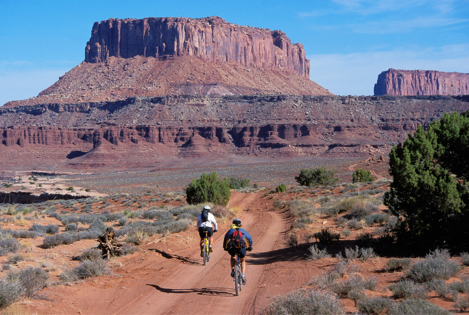 "Cycling the ""Canyonlands"""