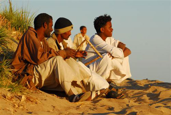 Local-music-along-the-Nile