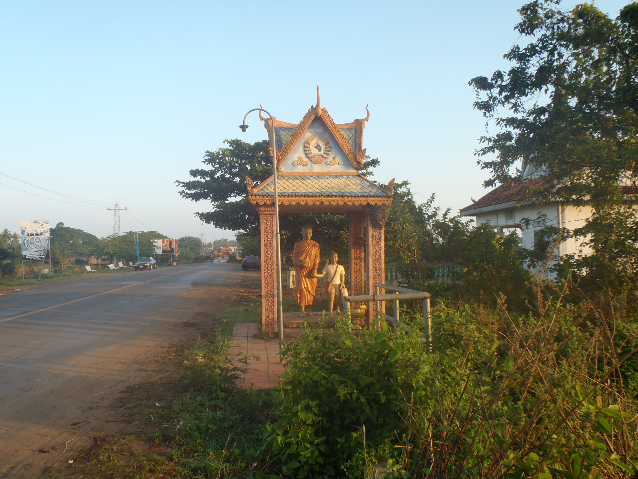 Sensory Overdose; Cycling from Kratie to Kampong Champ