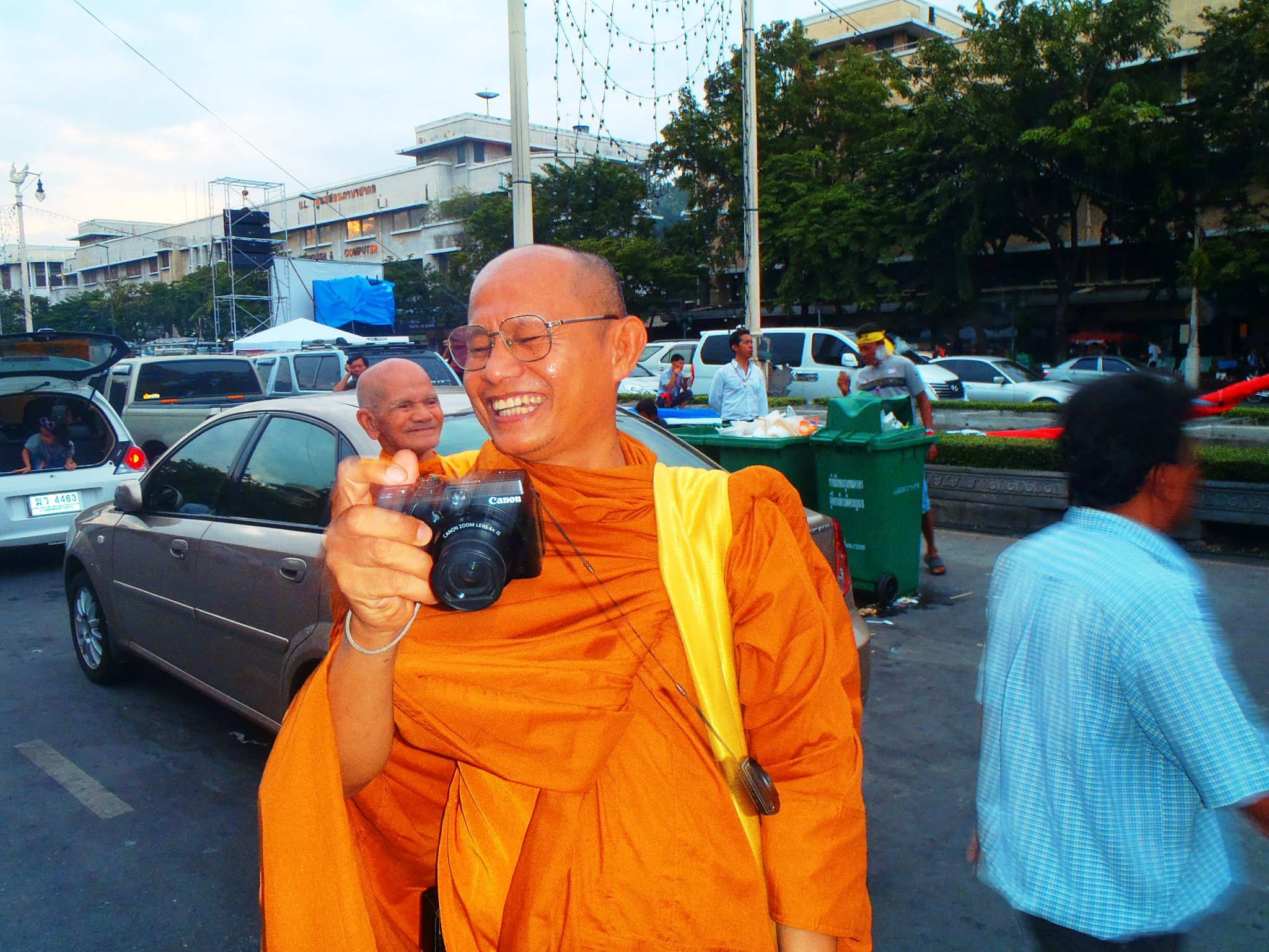 One day in the life of Bangkok as seen by a cyclist on the Bamboo Road Bicycle Expedition.