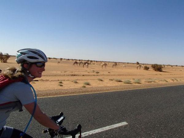 Bina-racing-the-camels
