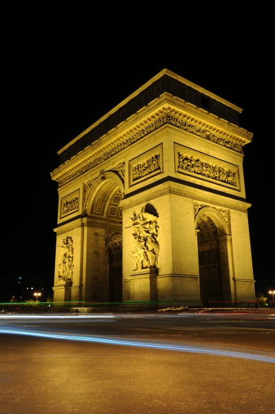 Arc de Triomphe - night photo