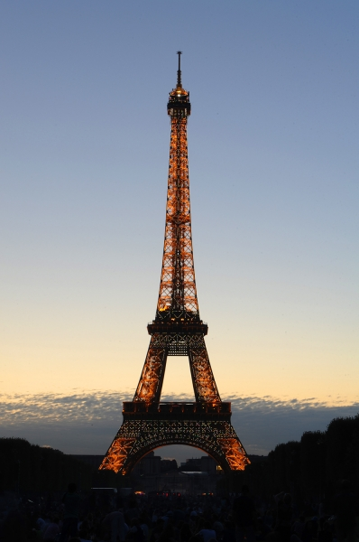 Eiffel sunset 01