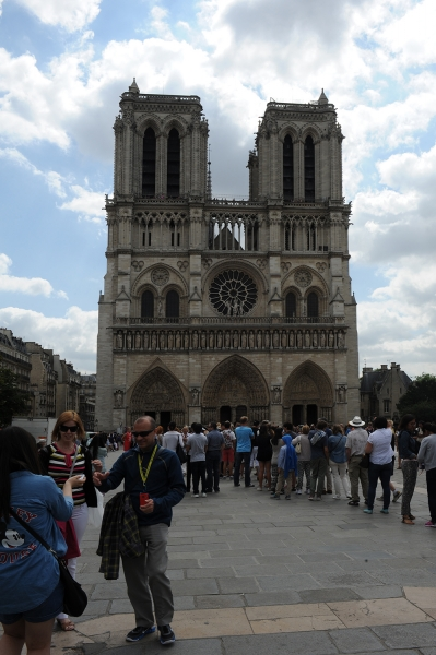 Notre-Dame day