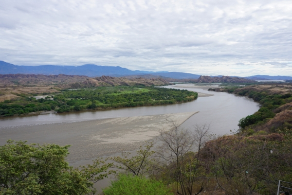 Been chasing her for many kilometers, the Magdalena is Colombia's largest river