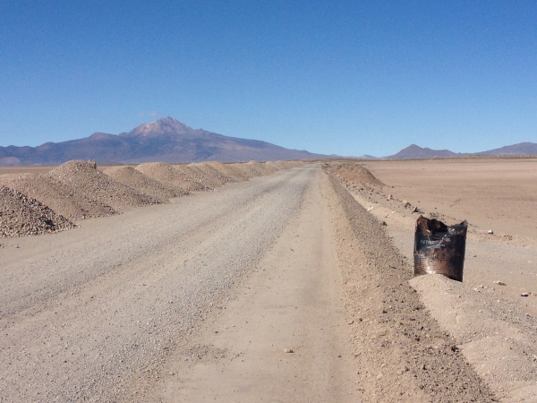 Dirt roads before getting to Uyuni