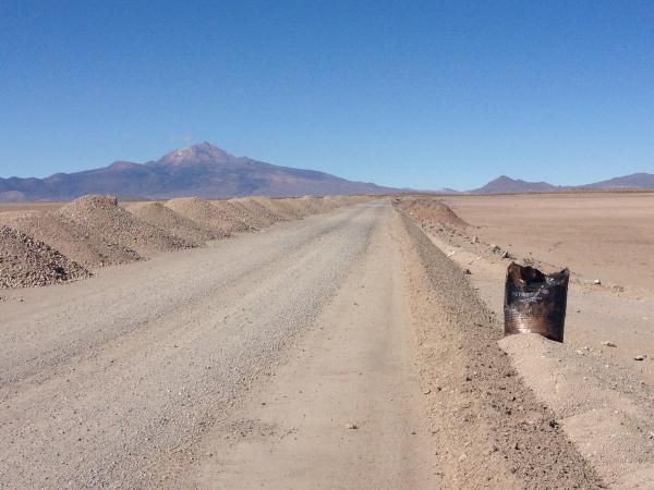 Dirt roads before getting to Uyuni