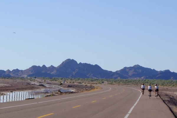 Salt flats to the left, mountains to the right