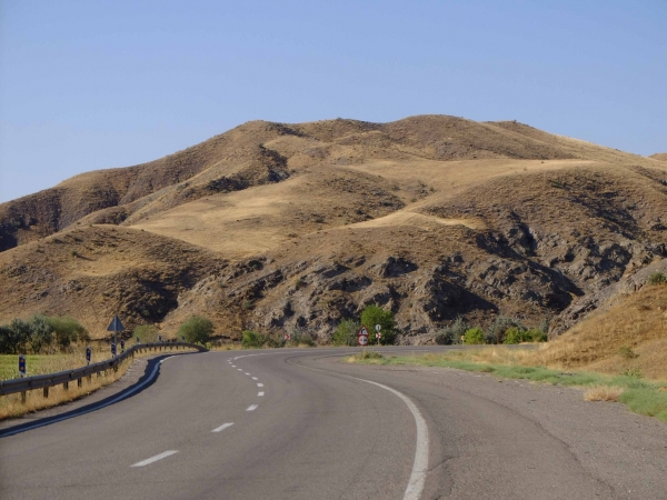 Twisting scenic roads towards Tabriz, Iran