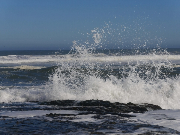 Waves crash in to the shoreline on Chile's Pacific Coast-2