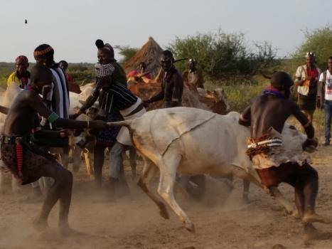 Visit Pastoralist & Hunter/Gatherer Cultures On The 2018 Tour d'Afrique