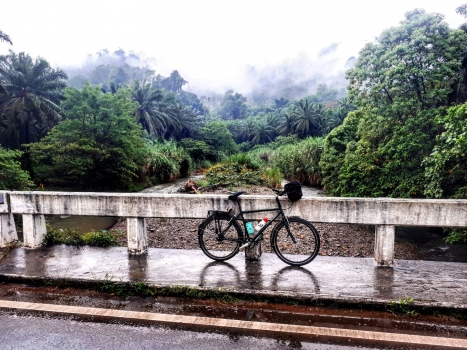 Coast to Coast: Crossing The Malay Peninsula By Bike