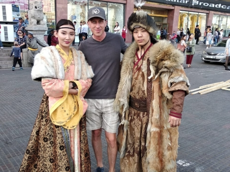 Fashion On The Silk Route
