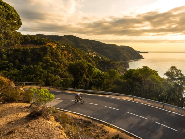 8 Basics to Health and Safety on a Long Distance Cycling Tour